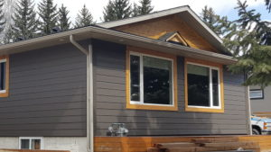 hardie-with-cedar-trims